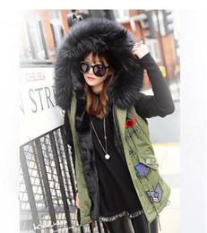 2019 giacche per le signore Nuovo 2016 donne inverno Parka più grande collo di pelliccia giacca donne giacca di spessore faux fur signore cappotti donne cappotti di base verde dell'esercito # F001 sconti giacche per le signore
