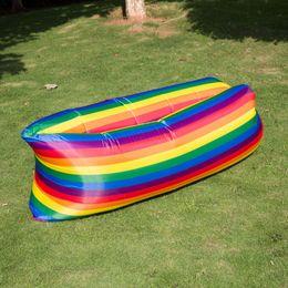 Canapé pouf en Ligne-5 couleurs camouflage salon sac de couchage arc-en-ciel gonflable paresseux canapé extérieur paresseux auto gonflé canapé sacs de couchage pouf canapé CCA11707 30pcs