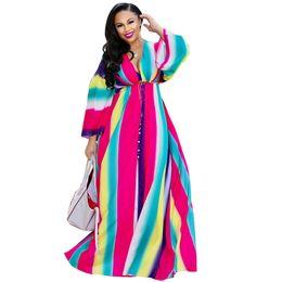 Abito lungo collo lungo v online-Arcobaleno a righe Summer Beach Dress Donna Deep V Neck Long Falre Sleeve Bohemian Long Dress Vintage Front High Split Maxi Dress