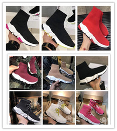 dame schuhe Rabatt 2020 new Balenciaga Triple S Sneaker Designer Stretch Speed Trainer Black Lady Speed Tan Men Mid Top Sports Sock Casual Shoes