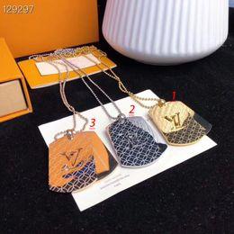 colgante de collar de globo Rebajas 2020 nuevos hombres y mujeres de moda Collar de acero brillante de titanio de alta calidad con la caja exquisita