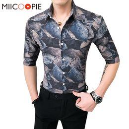 Streetwear Mens Hawaiian Shirt Fashion Slim Fit Half Sleeves Shirts Men Dress Asian Size Business Tight Soft Male Floral Camisa