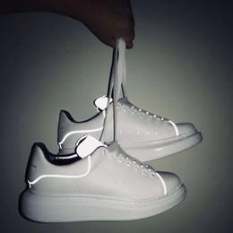 2019 091513Luxury Kadife Womens Ayakkabı Güzel Platformu Casual Sneakers Lüks Tasarımcılar Ayakkabı Deri Katı Renkler Elbise Marka Spor nereden otel terlikleri tedarikçiler