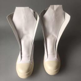 Длинные высокие сапоги для мужчин онлайн-2018ss натуральная кожа слой мужские сапоги до колен белый ствол действительно высокого класса мода сапоги длинноствольные