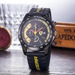 Часы f1 кварц онлайн-Горячие продажи бренда работает секунды смотреть A + 45 мм F1 спортивный автомобиль серии Кварцевые спортивные часы мода роскошные часы классические мужские часы часы часы Reloj