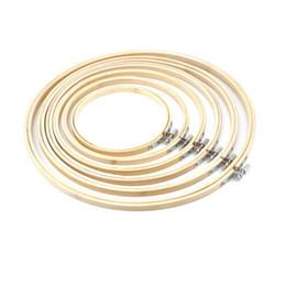 2019 großhandel stickerei reifen 2019 New Bamboo Round Holz Hoop Ring ideal für Stickerei Kreuzstich Nähen 13-26CM Großhandel günstig großhandel stickerei reifen