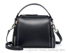 2019 вытяжной мешок 28 весна новый тренд моды сумка масло восковая кожа корейской версии ретро широкий ремень через плечо двойная сумка на длинном ремне скидка вытяжной мешок