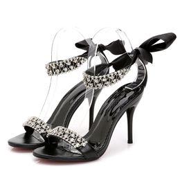 Canada 2019 chaussures de designer soirée soirée dames mariée argenté chaussures de mariage chaussures de cristal pierres à talons hauts supplier ladies designer evening dresses Offre