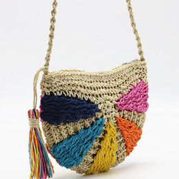 Bolsa de borla crochet on-line-JHD-Moda Sacos De Praia De Crochê Verão Colorido Saco De Palha Boêmio Borla Ombro Saco Do Mensageiro Rattan Malha