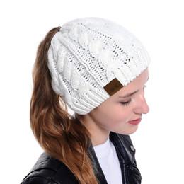 cappellini in satin hijab Sconti Designer Berretto coda di cavallo Cappelli invernali di marca Cappelli caldi Berretti Cappellino per donna Ragazze Cappello acrilico Confetti Colori 7 Stili