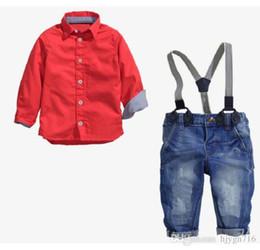 2019 usura del ragazzo americano 2019 Nuovo abbigliamento per bambini del commercio estero Una camicia rossa + cintura Jeans Abito per ragazzi di fan europei e americani alla moda Chunqiu TAGLIA 2T-7T usura del ragazzo americano economici