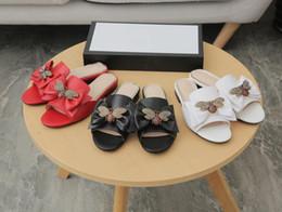 Artı Boyutu 41 42 kadın terlik açık sandalet arılar mark ilmek bayan Moccasins Slaytlar Rihanna 35-42 nereden