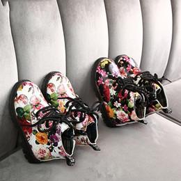 mädchen blume druck stiefel Rabatt Luxuxblume Designer Kinderschuhe Mädchen Fashion Boots PU-Leder-nette Baby-Jungen-Boot-Blumendruck-Schuhe Kinder Martin Stiefel B224