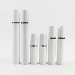 2019 airless-serum kosmetik-flaschen 300 x Kunststoff Weiß Push Pump Airless Flasche 5 ml 10 ml 15 ml 1/2 Unze Serum Creme Make-up Flasche Dispenser Reise Kosmetikbehälter günstig airless-serum kosmetik-flaschen
