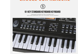 2019 bater brinquedos de madeira Piano eletrônico infantil com microfone Piano 61 teclas Instrumentos musicais Crianças brinquedos da criança de piano fio + carregamento Multi-funcional