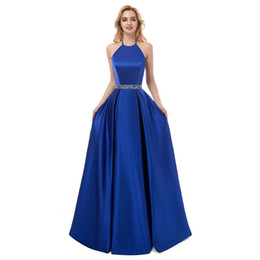 empire beaded halter prom dress Coupons - Beaded Satin A Line Long Evening Dresses 2019 Royal Blue Black Halter Neck Evening Gowns Prom Dress Robe De Soiree