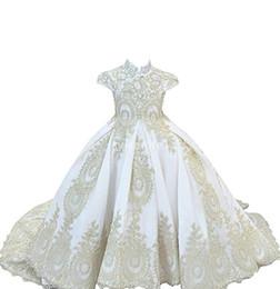 corsé blanco vestidos niñas corsé Rebajas 2020 Prince White Cuello alto Vestidos para niñas de flores Apliques Corsé de encaje Volver Estilo de iglesia Gils Vestido de desfile Vestidos de primera comunión personalizados