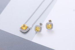 colliers d'automne Promotion ZTUNG TNS1 S925 collier en argent sterling collier en pierre jaune collier oreille ongles bijoux en argent sterling costume automne pendentif