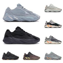 hommes royal fashion Promotion adidas yeezy boost 700 v2 Hôpital bleu kanye west chaussures de course pour hommes femmes 3m réfléchissant Magnet Static SALT Wave Runner formateurs de mode baskets de sport
