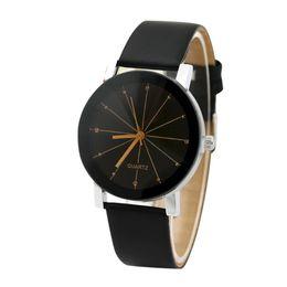 Moda versión coreana de cristal de cuero reloj de meteorito Relojes de cuarzo casual Reloj de pulsera Simplicidad Accesorios de joyería de la muñeca desde fabricantes