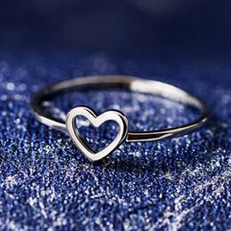Yeni Sevimli Küçük Kalp şeklinde Aşk Küçük Yüzükler Popüler Parti Yüzükler Kızlar Için En Iyi Hediye nereden