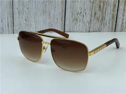 pc sonnenbrille Rabatt New Fashion Classic Sonnenbrille Haltung Sonnenbrille Goldrahmen Quadrat Metallrahmen Vintage-Stil Outdoor-Design klassisches Modell 0259