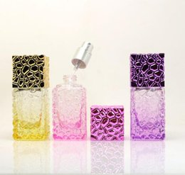 Kosmetikspray verpackung online-25ml Glass Perfume Bottles Spray Refillable Atomizer Spray Cosmetic Glass Bottle Travel Cube Container Packaging Bottle new GGA2818