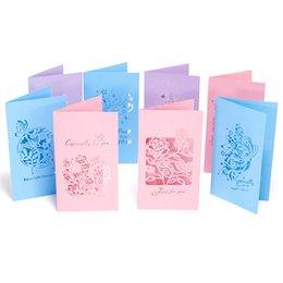 Buste farfalla online-Creative Hollow Rose Flowers Farfalle Greeting Cards Cartoline con busta regalo Giorno del Ringraziamento San Valentino Buon Natale