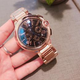 etiquetas fuertes Rebajas 2018 Nuevo diseñador de la marca Tag Watch For Christmas AAA de lujo para hombre relojes Ultrafino de cuarzo Ultra-fuerte cristal resistente a los arañazos 3 colores 42 mm