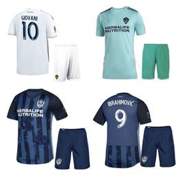 2019 Pantaloncini LA Galaxy Soccer Jersey 19 20 Ibrahimovic GIOVANI T-shirt calcio Los Angeles Galaxy Home Completi calcio Divise da calcio Away da
