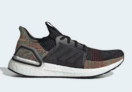 02 2019 nuevas zapatillas de running UB 5.0 para hombre y para mujer blancas rojas Oreo black rainbow sports shoes desde fabricantes