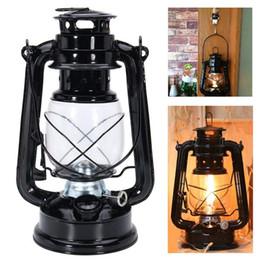 linternas de vidrio de hierro Rebajas Lámpara de queroseno retro clásica de metal de hierro portátil carpa colgando mecha linterna prueba de viento pantalla de vidrio lámpara de luz al aire libre lámpara de camping