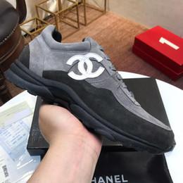 Sapatos de patinação ao ar livre on-line-Novos homens de alta qualidade calçados esportivos, sapatos de skate ao ar livre dos homens, uma geração de cabelo com a embalagem da caixa original
