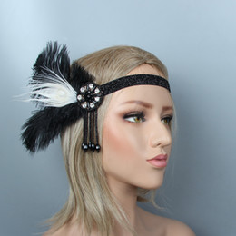 Nappe di piume nere online-Anni 1920 Great Gatsby Black Wedding Bridal feather Beauty Girl Feather Wedding Queen Nappa Fascia Prom Princess Festa di compleanno