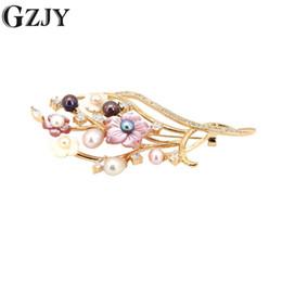 GZJY Moda Takı Vintage Altın Renk Kadınlar Için Inci Zirkon Broş Pins Kabuk Çiçek Broş Düğün Parti Elbise Aksesuarları nereden