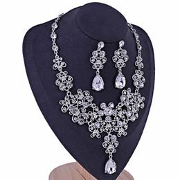 conjuntos de joyería nupcial floral Rebajas Elegante claro floral Rhinestone cristalino collar y aretes establece Conjuntos de joyería nupcial Accesorios de joyería de boda para mujeres VL