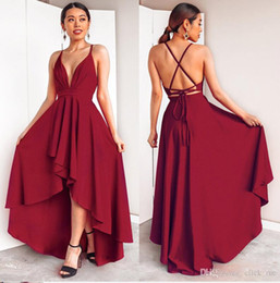 Vestiti da promenade bassi bassi online-New Sexy High Low Deep scollo a V Prom Dress Chiffon Criss-Cross Backless Banquet Homecoming Dress Ladies Bandage Abiti da festa Vestido De Festa