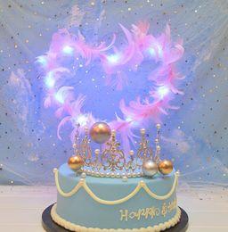 Pasteles de boda de plumas online-Hollow Heart Shape Feather Cake Inserted Card Refinement Display Mold Birthday Wedding Party Cake Postre Stand Decoración Supply