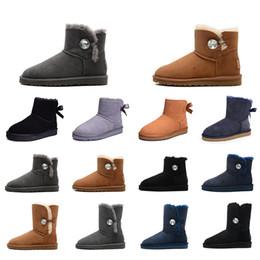 Scarpe invernali delle signore online-Donne dei pattini di lusso del progettista di inverno Snow Boots cristallo fibbia marrone nero étoile della signora Platform Fur Boots Dimensione 36-41