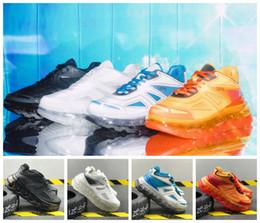 Forro de tênis on-line-2019 Triple S Lança Linha de Designer Elevado 53045 Triplo-S Das Mulheres Dos Homens de Couro Tripler Laranja Sneakers Branco Sports Running Shoes 36-45