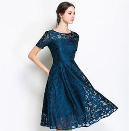 Eleganti abiti moderni online-2019 donne di alta qualità di estate di vendita veloce del merletto blu scuro casuale Vestito alla moda moderno alla moda sulla vendita