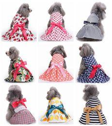 Vestiti della principessa polka dot online-18 disegni incantevoli gonne estive con fiocco per cani gonne animali domestici abiti da principessa con pois floreali floreale vestiti per cani costumi
