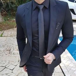 2019 melhores smokings mais quentes Hot Groomsmen pico lapela dois botões (jacket + pants) Noivo Smoking Groomsmen Best Man Suit Mens ternos de casamento Noivo melhores smokings mais quentes barato