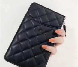 Sacchetti di monete mobili online-2019 marchio di alta qualità trapuntato pochette donna borse in pelle da donna pacchetto di carta + borsa del telefono mobile + portamonete Portafoglio di moda per donna