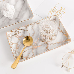 Organizadores de escritorio de oficina online-Nordic Storage Trays Marble Pattern Ceramics Table Minimalist Dessert Jewelry Storage Plate Escritorio de oficina Bandejas de almacenamiento Organizador