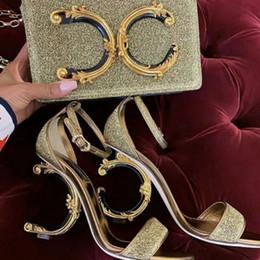 Yeni Avrupa tarzı lüks Klasik kadın moda çanta parti çantası Metalik deri renk dekoratif aksesuarları yapılmış hissediyorumLetter dekorasyon nereden avrupa lüks çantalar tedarikçiler