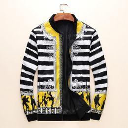 2019 uomini pioggia giacche moda a prova di pioggia Moda Giacca Fashion Designer Stampato Jacket lusso 19FW nuovi uomini migliori uomini di vendita H01 uomini pioggia giacche moda economici