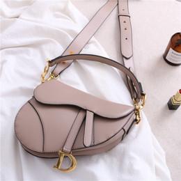 Clutch taschen bronze online-Neue Designer Damen Handtasche Mode Brief Umhängetasche aus echtem Leder Messenger Clutch Purse Luxus Satteltasche