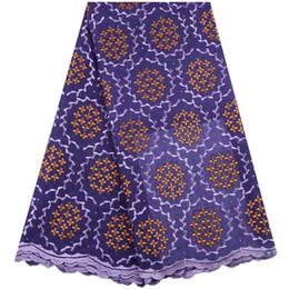 Nuovo tessuto di pizzo africano di cotone viola di alta qualità pietre tessuto di pizzo nigeriano nuovo tessuto di pizzo francese tulle con matrimonio A1551 da pizzo giallo george fornitori