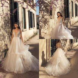 2020 Vestidos Julie Vino Boho vestido de bola de los vestidos de boda del cordón de espagueti con gradas moldeada faldas vestido de novia sin espalda por encargo nupcial de la playa desde fabricantes